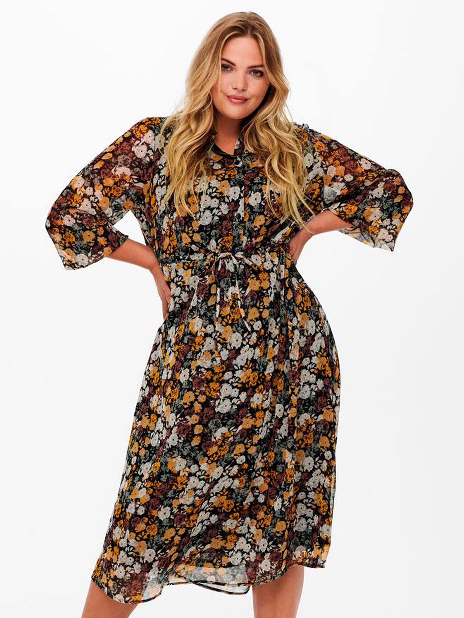Only Carmakoma Lang chiffon kjole med smukt blomsterprint, 52