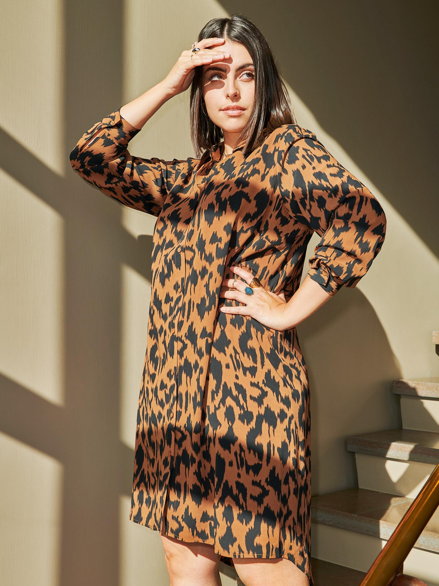 Only Carmakoma Lang skjorte kjole i varm orange med flot sort dyreprint, 46