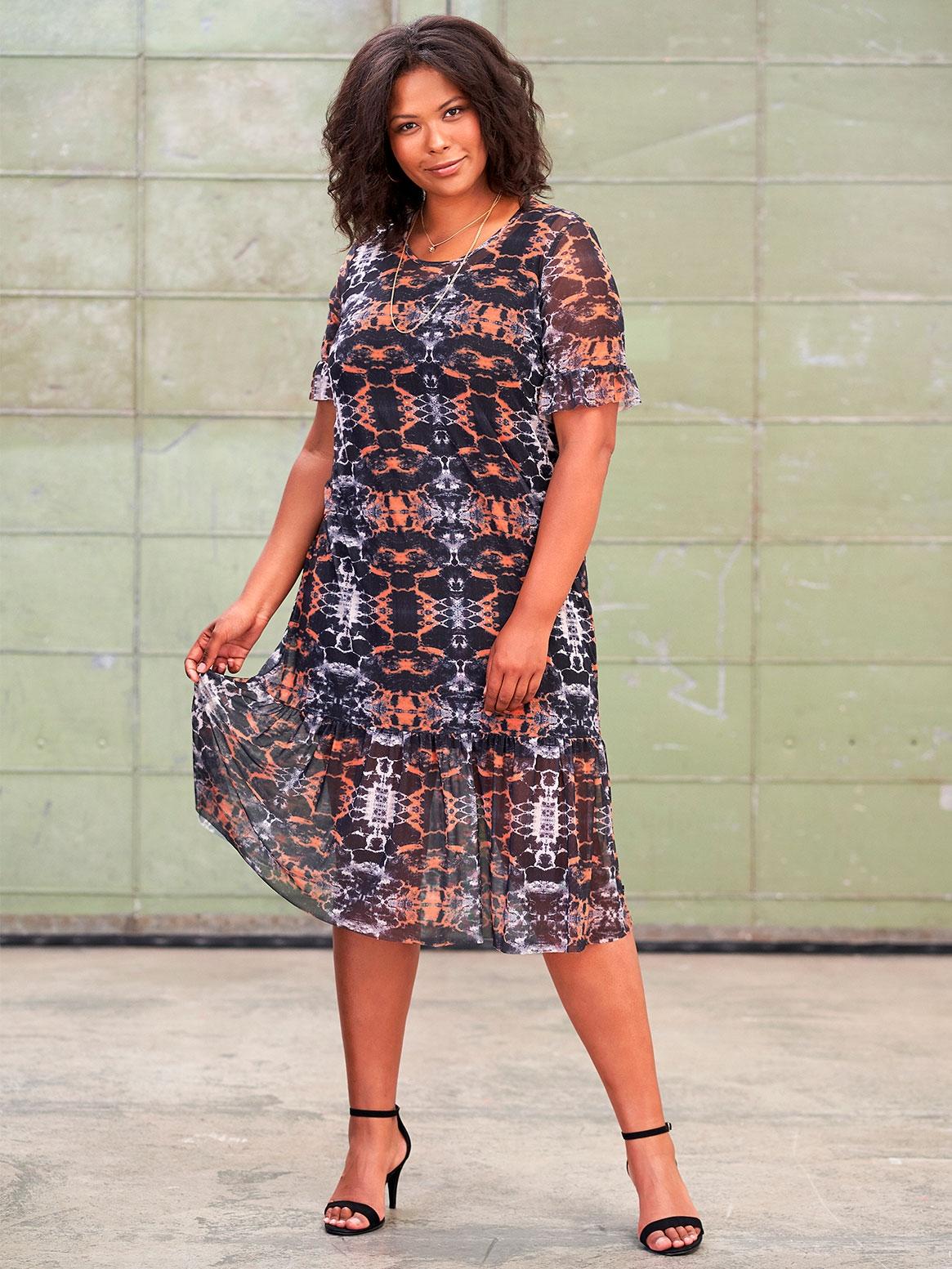 Lang kjole i sort med orange print