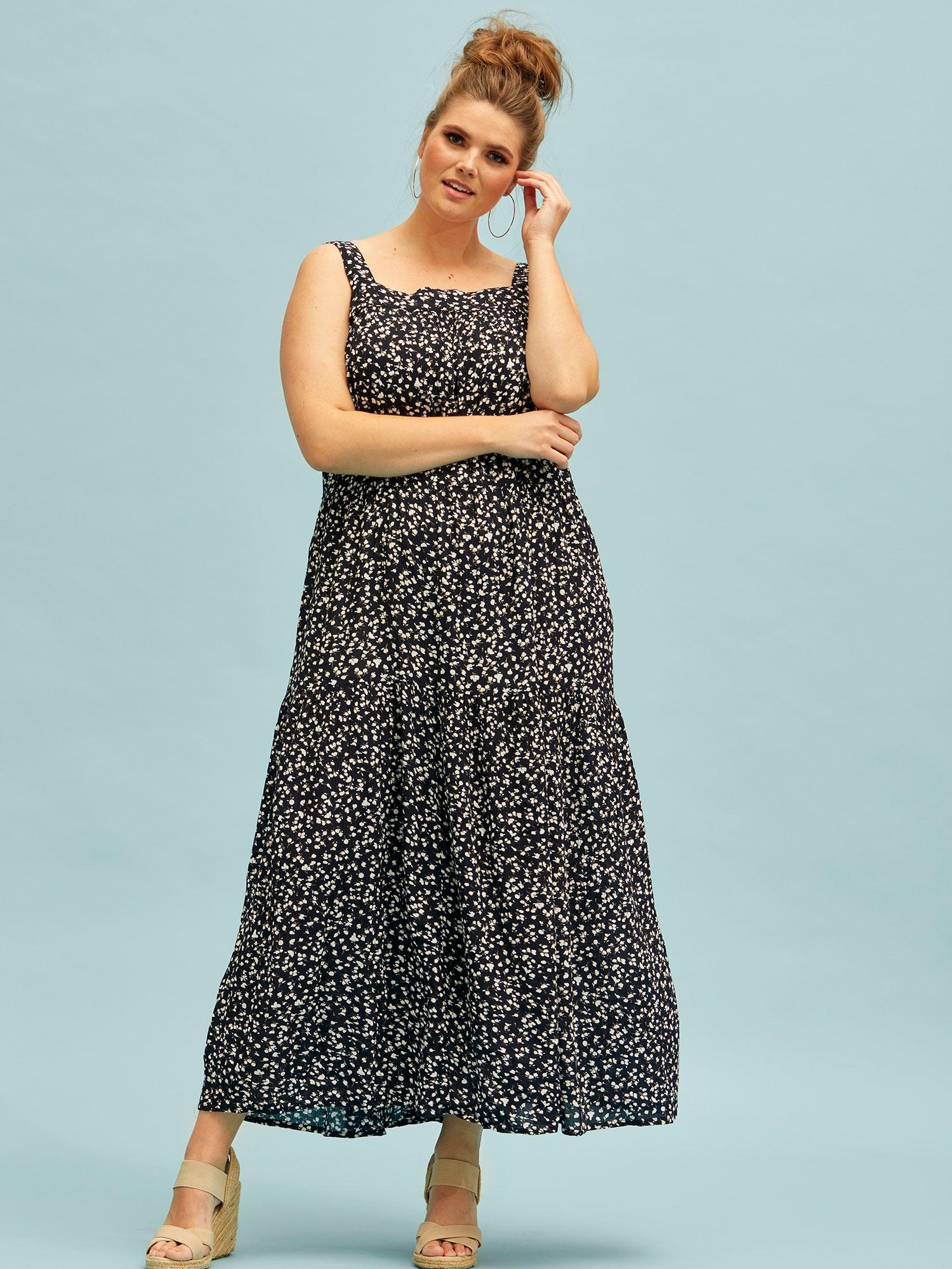 Zhenzi Lang kjole med blomsterprint og flæse, 50-52 / L