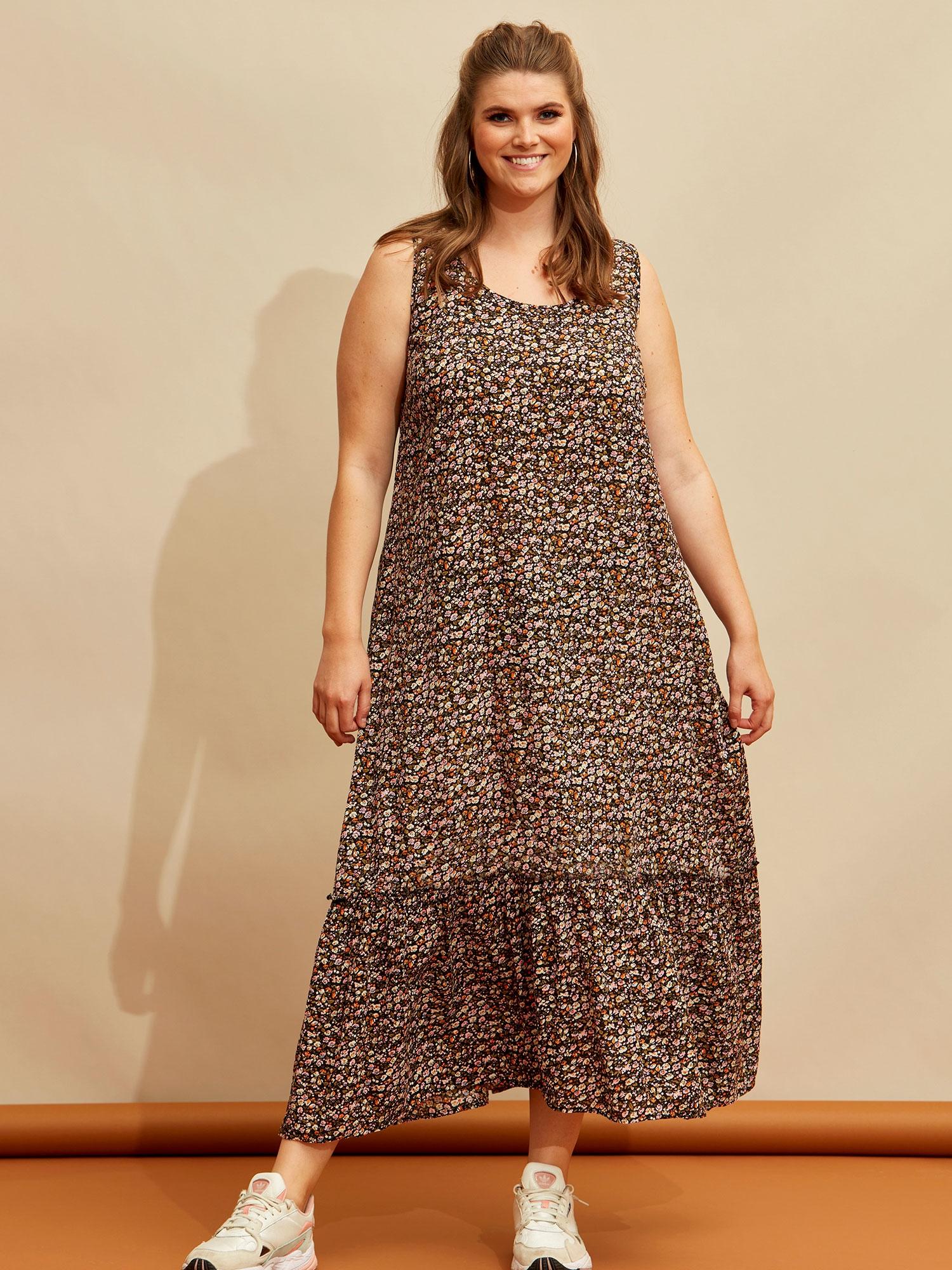 Zhenzi Smuk lang blomsteret kjole med flæse, 54-56 / XL