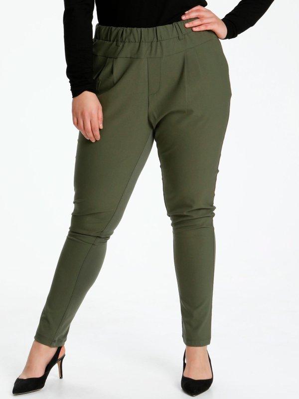 Grønne bukser med stretch og lommer fra Kaffe Curve