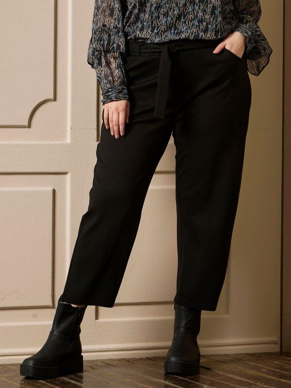 Bløde sorte 7/8 bukser med lige ben  fra Zhenzi
