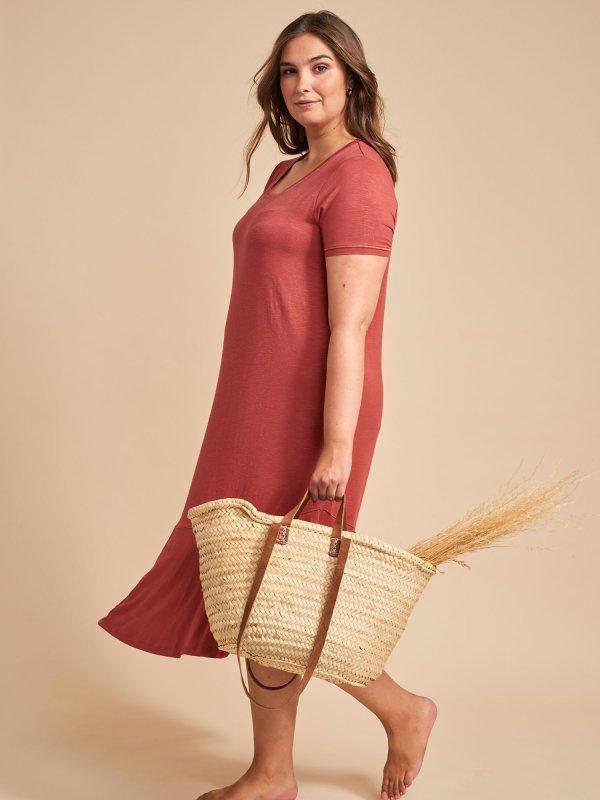 Kjole i rød i blød viskosejersey fra Adia