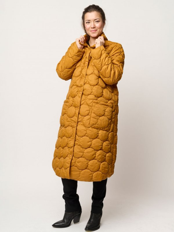 Lang gylden jakke med eksklusiv vattering fra Pont Neuf