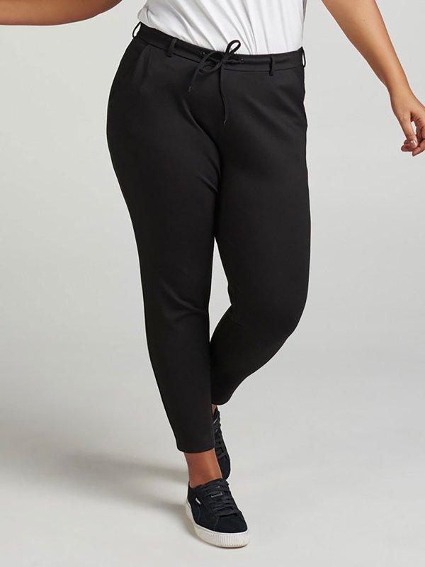 Klassisk udseende jersey bukser i sort fra Zizzi