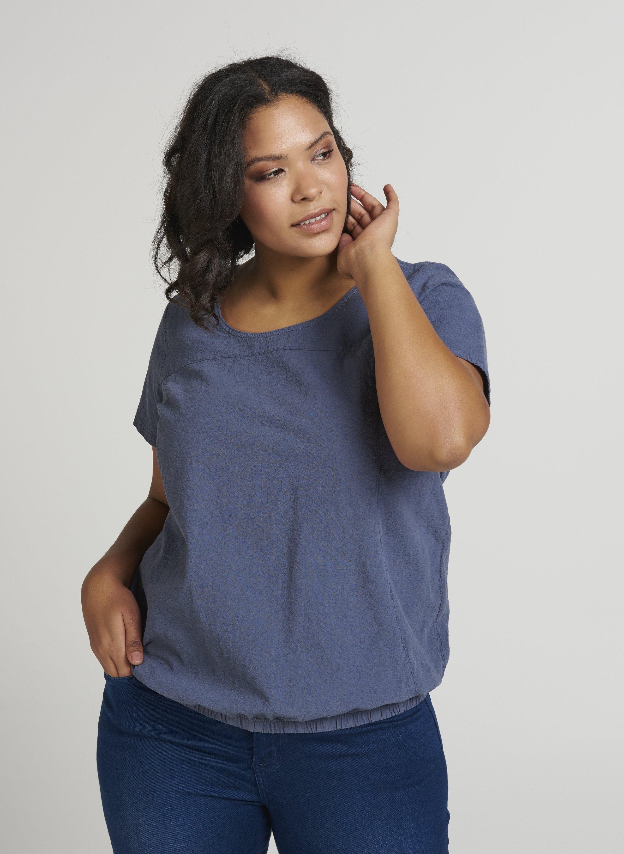 T-shirt i lys blå 100% bomuld