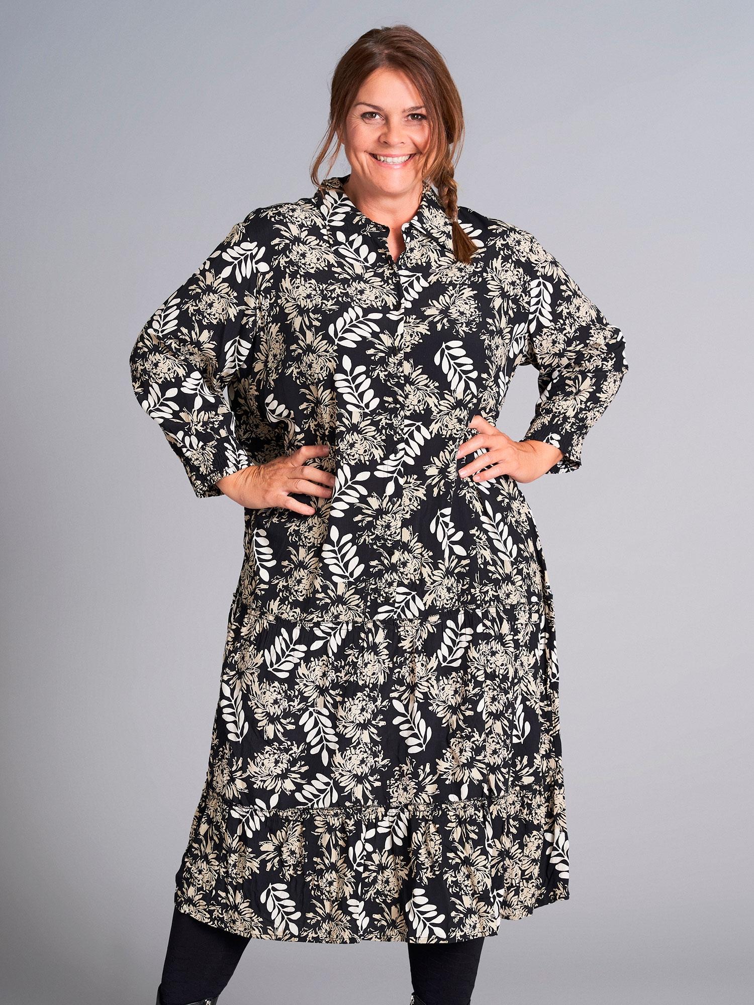 Gozzip Lang sort viskose kjole med lyst print, 42-44 / S