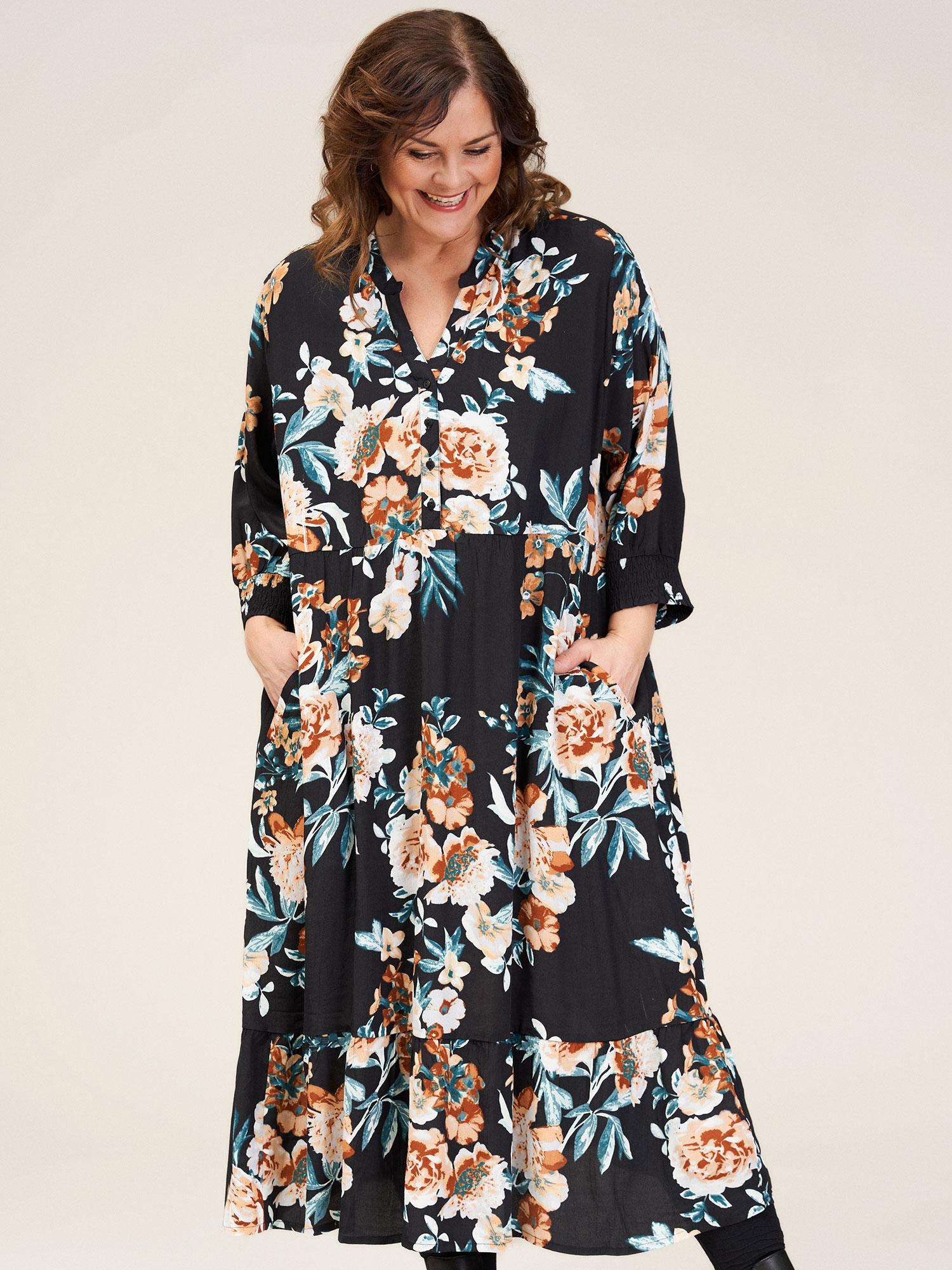 Gozzip Lang sort viskose kjole med smukt blomsterprint, 50-52 / L