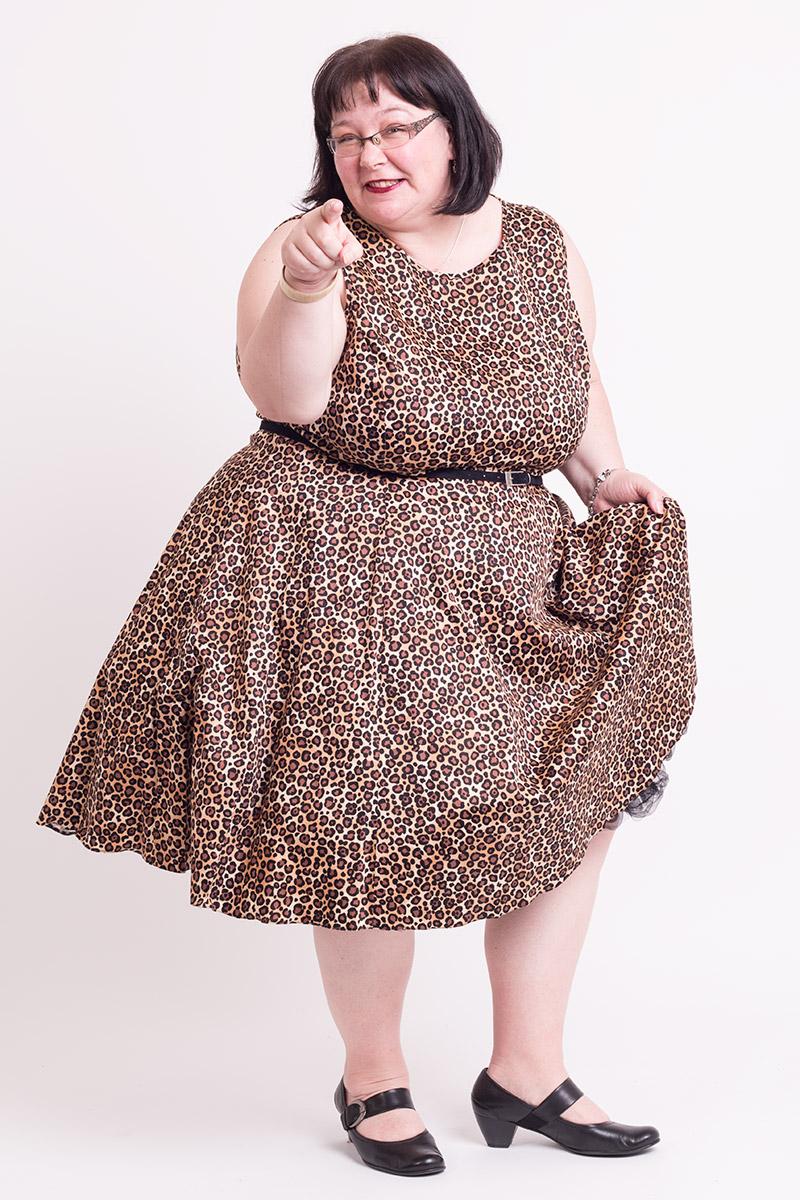Kjole i leopard print