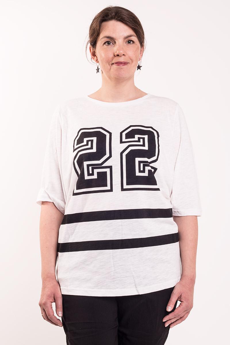 Hvid t-shirt no. 22