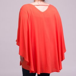 Orange bluse med flagermus effekt