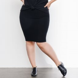 Klassisk sort pencil skirt med stretch