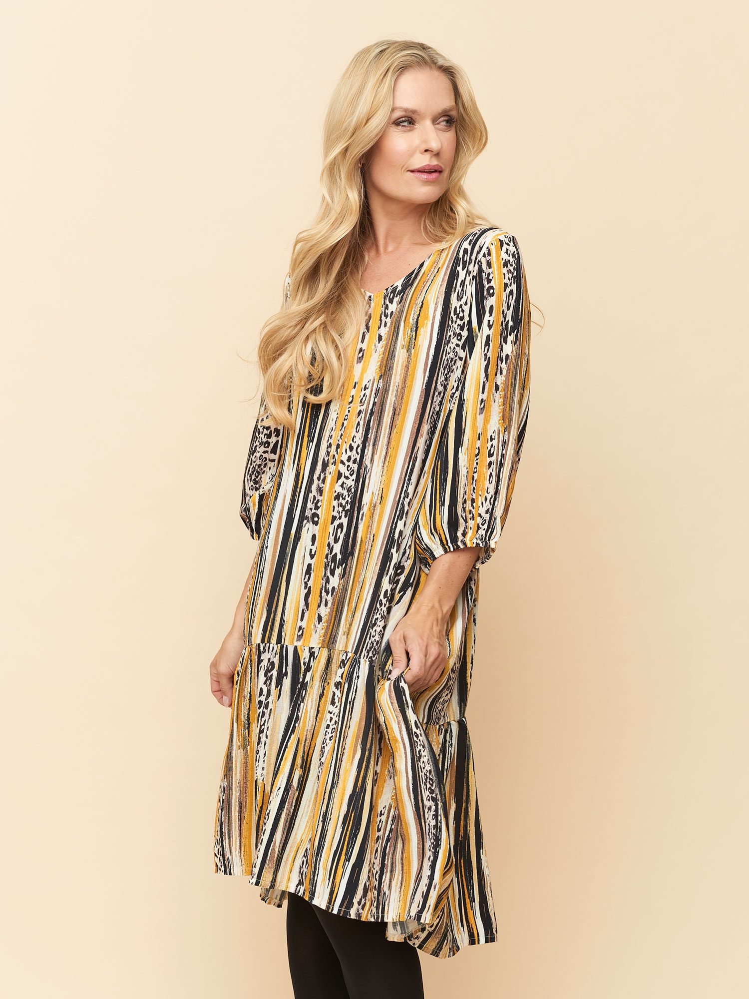 Pont Neuf Lang Sabrina kjole i gul og sort stribet viskose, 40-42 / M