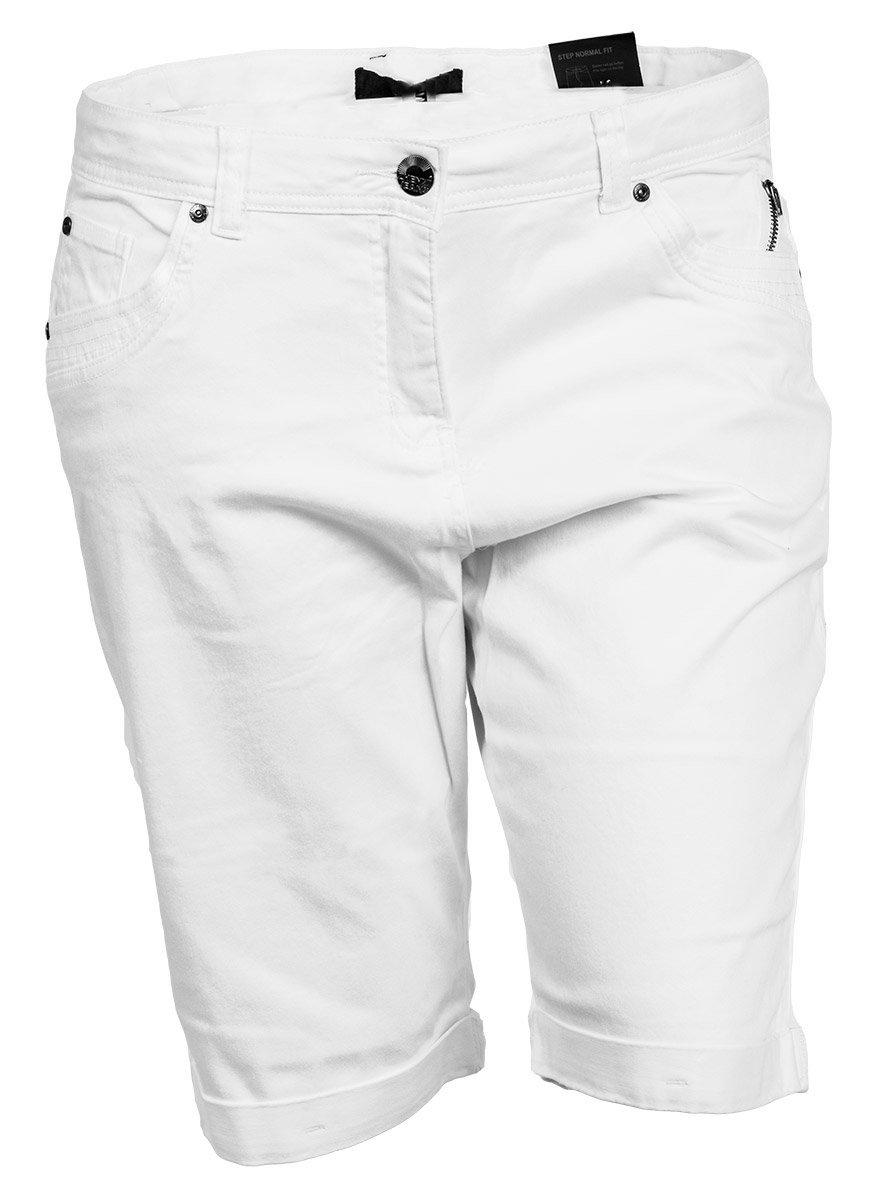 Hvide shorts med opslag